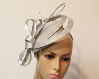 silver sinamay fascinator, Kate Middleton Style Fascinator , Kentucky Derby Fascinator, English Royal , Wedding ,Church, Formal,Dressy Hat,