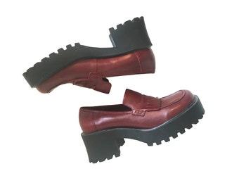 Platform Loafers Size 6 Platform Shoes Vintage Platforms 90s Shoes 90s Platforms Leather Loafers 2 Inch Platforms Maroon Loafers Mudd