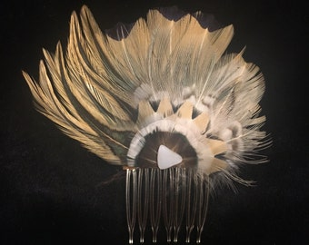 Vintage 1970s-1980s Handmade in USA Ringneck Pheasant & Rooster Hackle feather hair comb on suede-pale yellow, white, black