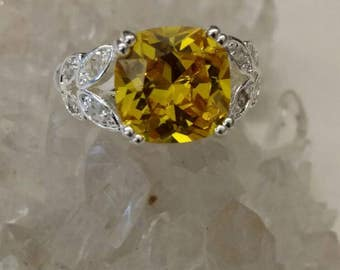 CLEARANCE *Yellow Quartz Crystal Ring Size 8 1/2