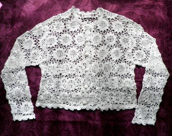Vintage Girls White Cotton Crochet Cardigan    Size Chest 32 inches