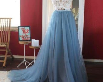 Dusty blue bridal tulle skirt with train / boho skirt with train / tulle wedding skirt / detachable wedding beach skirt / removable skirt