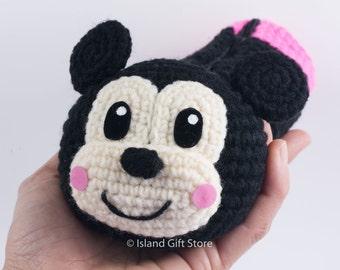 Crochet Mickey Mouse pen Holder, Crochet pen Holder, crochet bowl, home office decor, pencil Holder, Pencil case