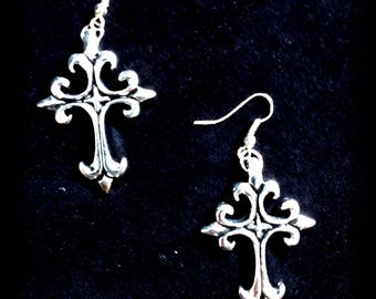 Gothic cross earrings Lis - Gothic Cross Earrings