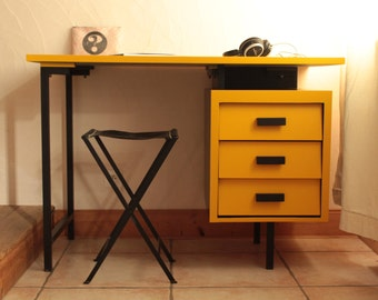 Vintage desk wood and metal - Fenji.