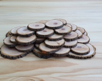 Set of 157 plum slices, wooden slices, plum slices