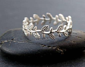 dainty oak leaf ring sturdy leaf eternity ring silver pagan wedding ring filigree ring - Pagan Wedding Rings