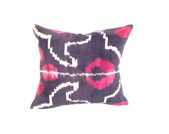İkat Velvet Pillow Cover, 12.5'' x 14'' , Decorative Pillow, Handmade Silk Pillow, İkat Lumbar Pillow,  Shipping with Fedex 1-3 days