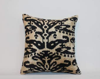 İkat Velvet Pillow Cover, 13'' x 14'' , Decorative Pillow, Handmade Silk Pillow, İkat Lumbar Pillow,  Shipping with Fedex 1-3 days