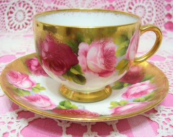 Lavishly Gilded Vintage Royal Albert OLD ENGLISH ROSE Cup & Saucer.
