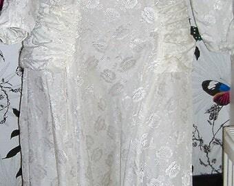 LATE 1940S VINTAGE WEDDING dress