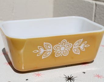 Vintage Pyrex Butterfly Gold Refrigerator Dish 0502