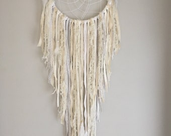 Dream catcher Fluffy white medium