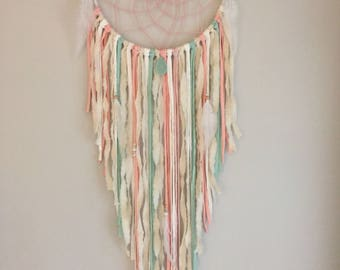 Dream catcher Spring means