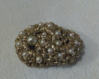 Costume brooch