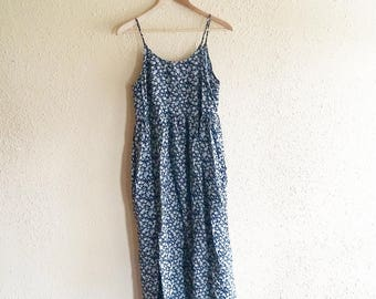 90s Daisy Print Maxi Dress