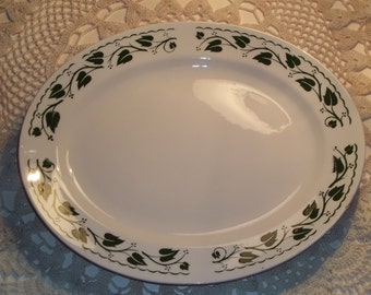 Homer Laughlin Ivy Platter Made in USA M55N6