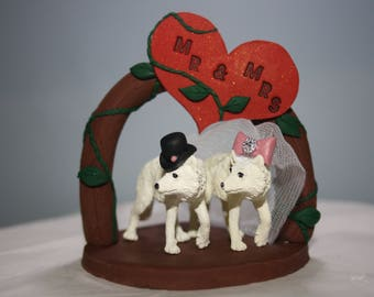 Arctic Wolf Cake Topper - Wedding Decoration - Wedding Cake Topper - Winter Wedding - Wolf Bride and Groom - Unique Cake Topper - Custom