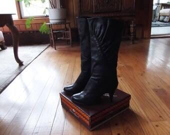 Vintage Etienne Aigner Women's Black Leather High Heel Boots Size 8.5 Medium