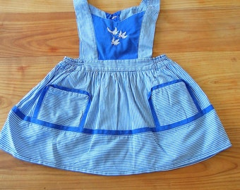 Apron dress embroidered authentic vintage year 50 / 60