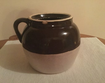 Vintage Robinson Ransbottom Bean Pot