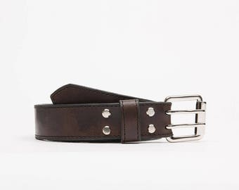 Handcrafted leather belt // Wolf