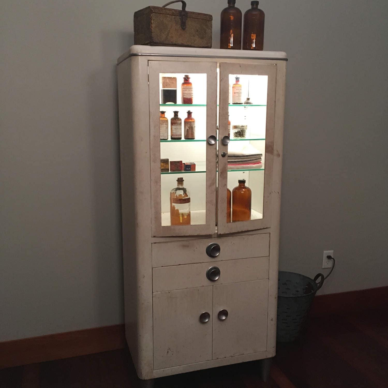 Vintage Hamilton Medical Cabinet Medicine Cabinet Doctors