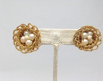 Exquisite Signed Japan Faux Pearl Birds Nest Gold Tone Vintage Estate Earrings