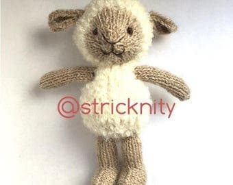 Knitted Sheep/Lamb for babies and newborn photography props