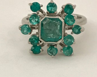 2.25 CT Emerald Ring 18k White Gold Size 5