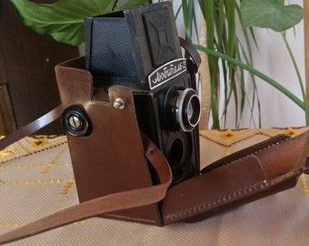 LOMO Lubitel 2 Russian Vintage Camera with Original Case,  Vintage Soviet LUBITEL 2 Camera, Lomography, Medium Format, Leather Case Included