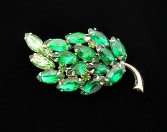 Emerald Green Rhinestone Leaf Brooch, Vintage Brooch, Antique Brooch, Costume Jewelry, Rhinestone Pins, Green Brooch, Leaf Brooch, 1940s