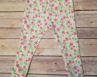 red and green snowflake leggings, toddler Christmas leggings, baby Christmas leggings, snowflakes, holiday leggings