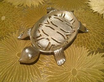 Vintage Mid-Century Turtle Shaped Soap Dish Gold.