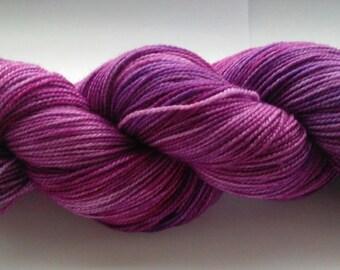 Berry Blast 4ply sock yarn