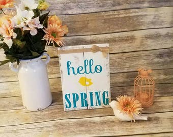 Farmhouse Style Spring Sign, Welcome Spring, Rustic Spring Decor