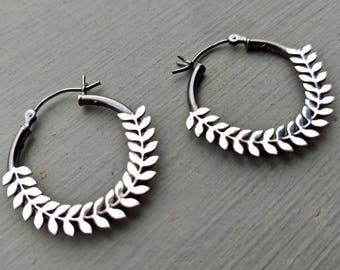 Sterling Silver Hoop Earrings, Oxidized Silver Hoop Earrings, Nature Jewelry, Leaf Earrings, Gift for Wife, Valentines Gift for Girlfriend