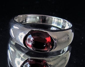 Sterling silver natural red Garnet gemstone ring Pyropos 3
