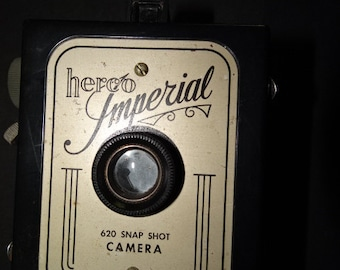 HERCO IMPERIAL CAMERA * Vintage Box Style 620 Snap Shot in Excellent Condition Rare Mid Century Collectible Displayable Photography Treasure