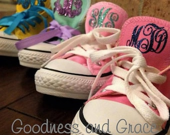 DIY Vinyl Monogram for Your Converse or Sneakers - Tongue Monogram - Glitter and Matte Available - Personalized Tennis Shoes for Girls