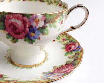Paragon tea cup, Teacup with pink flowers Tapestry Rose, Vintage teacup, Bone China teacup,  Teacup and saucer, Hightea cup