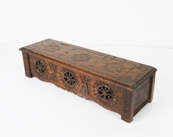 French Chest of the region of Bretagne. Bench Chest Miniature. Wood. Popular art.