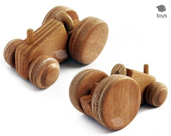 Biscuit tractor - natural wood toy