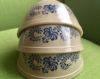 Vintage 70s Pyrex Homestead Design Mixing Bowls 1 1/2qt #402 Set of 3
