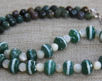 Tibetan Tzi agate and mother of pearl necklace MoP