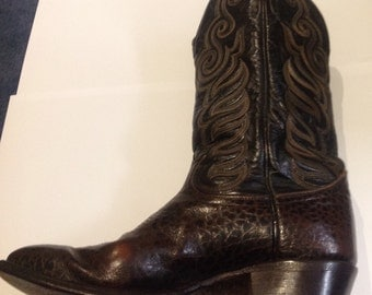 Fantastic Vintage Tony Lama cowboy boots in two tone leather.
