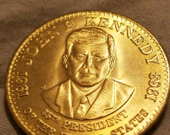 Esso 1992 Collectible President Coin Jonh F. Kennedy