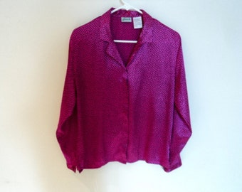 Blouse pink fuja with black pins.  Plus size blouse for woman. Vintage clothing. Penmans vintage.