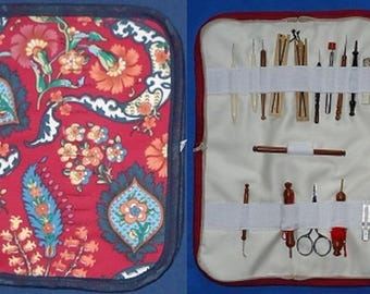 Padded Tool Wallet for keeping lacemaking tools.