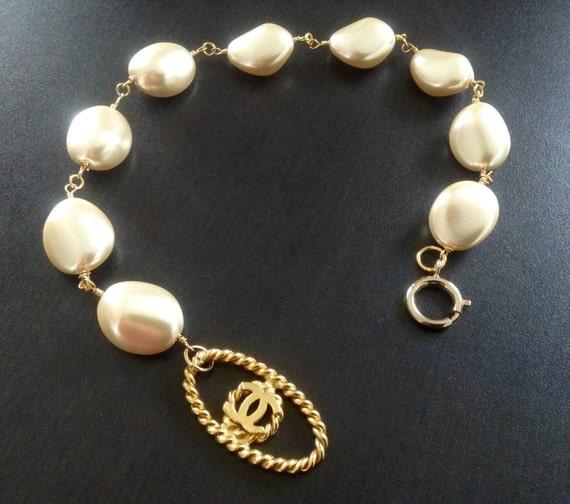 Vintage XL glass pearl necklace, choker necklace, excellent condition